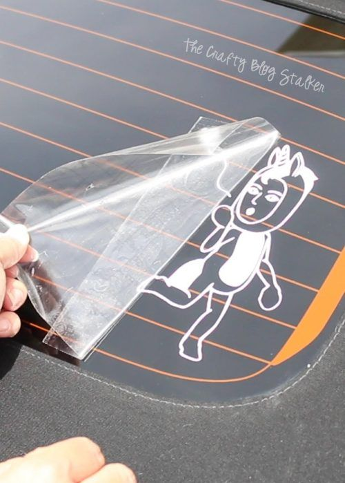How To Make A Bitmoji Decal For Your Car With Cricut Cricut Projects Vinyl Window Decals Diy Cricut Vinyl