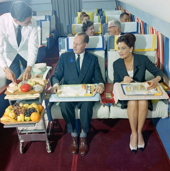 Rare photos from Swissair reveal what it was really like to fly in the 1960s