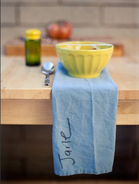 from simplicity magazine?: Kitchens And Tables, Place Cards, Place Setting, Kitchens Dining, Table Setting, Seating Cards, Kitchen Things, Mermaid Kitchen