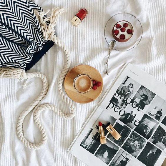 @annaponsalopez sigue su día de verano con su bolso Bissú, con rayas y de estilo marinero. ¡El mejor look para la jornada!    #moda #bolsos #outfit #fashion #bag #backpack #instafashion #complements #accessories #bolsos #outfitoftheday #accesorios #HashTags #beautiful #beauty #nuevatemporada #readyfortheweekend #summermood