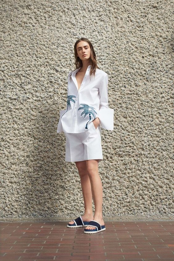 Victoria Victoria Beckham - Spring 2017 Ready-to-Wear