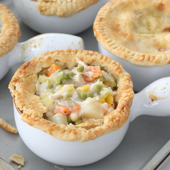 House design, Pot pies and Individual chicken pot pies on Pinterest