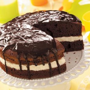 Edna's Ho Ho Cake as seen in Taste of Home magazine.