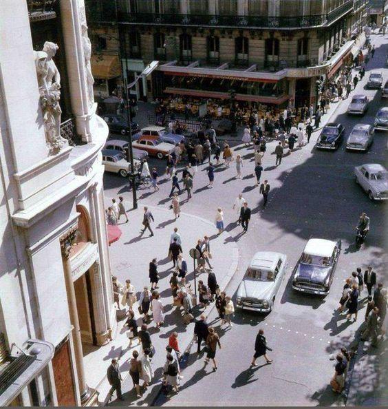 Le coin de la rue de Caumartin et du boulevard Haussmann, en 1960 Jean Jehan