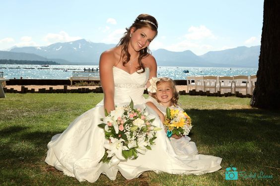 The cutest photo of this wedding. #laketahoewedding #laketahoeweddingphotography  #laketahoebeachwedding #wedding #marriage #bouquet http://www.rachellevinephoto.com/
