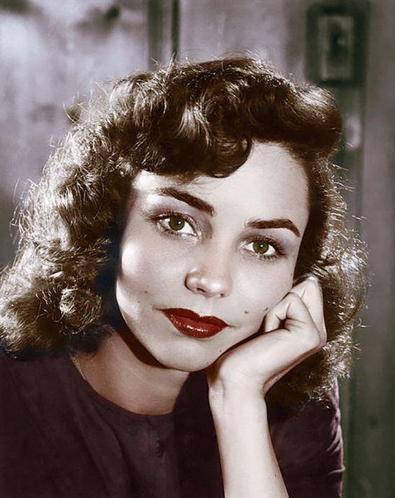 Jennifer Jones 1944: