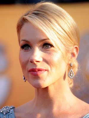 Christina Applegate. American Actress. In 2009, she founded Right Action for Women, a charitable foundation dedicated to breast cancer screening for women, and focused on the type of MRI scan which saved her life. She is best known for playing for the role of Kelly Bundy on the FOX live-action sitcom Married... with Children. Cousin through birthfather's maternal lineage.