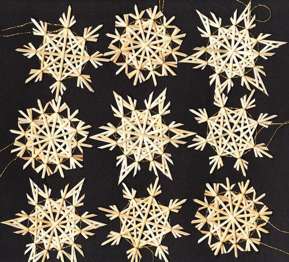 German Strohsterne (Straw Stars) Christmas Ornaments....lovely