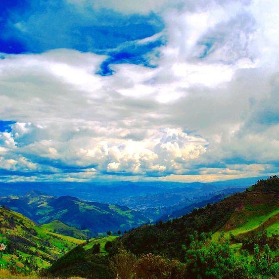Shared by pacfranco61 #landscape #contratahotel (o) http://ift.tt/1R77Tiy #ecuadorian #ecuadorturistico #ecuadoramalavida #ecuadorpotenciaturistica #ecuadorisallyouneed #allyouneedisecuador #rutaviva #paisajes #paisajesecuador #paisajesecuador593 #nature #naturelovers #naturaleza #naturephotography  s _lovers _captures #azogues #azoguesecuador #climbing #hikking #trail