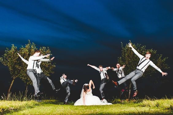 30 Most Amusing Photoshoot Ideas For Grooms and Their Best men - bemethis