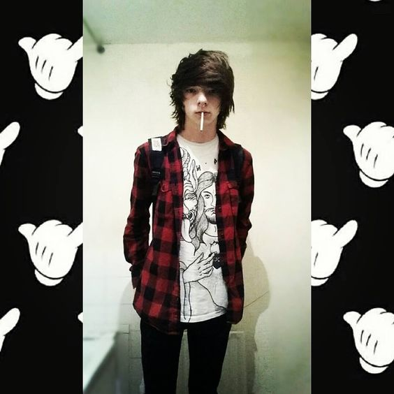 emo, smoke, and cute Bild