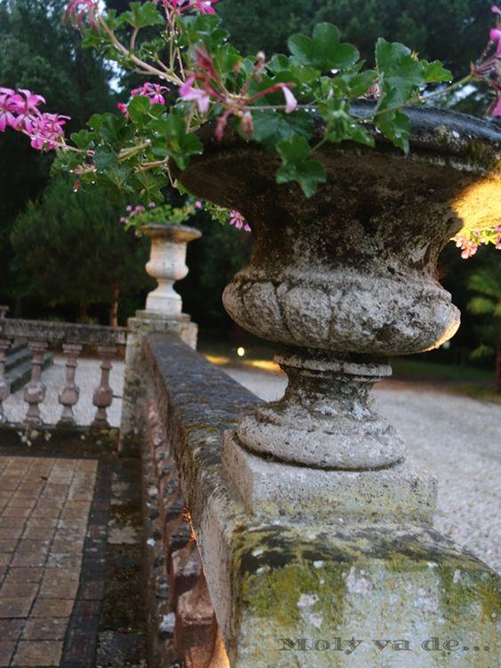 Un lugar encantador. #ChâteauBataylley Commanderie de Madrid de los vinos de #Burdeos #Molyvade...#viaje #GranConseildesVinsdeBordeaux molyvade.blogspot.com