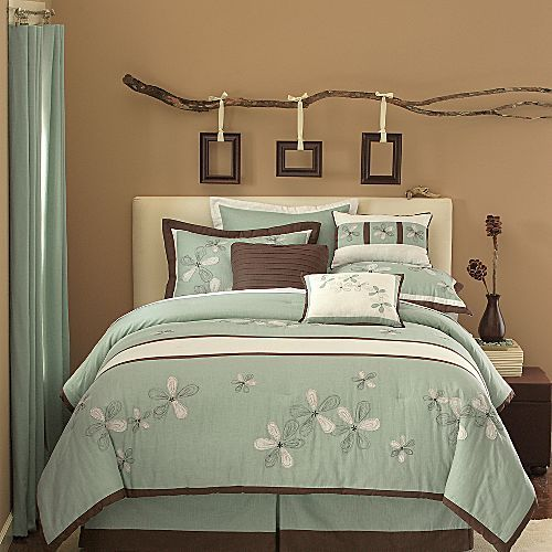 Of Country Whimsy To Them The Flowers On The Bedding The Really Cool