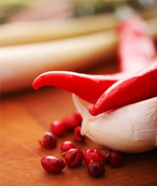 The Superfood that Fires Up Your Metabolism..Hot Peppers! <3