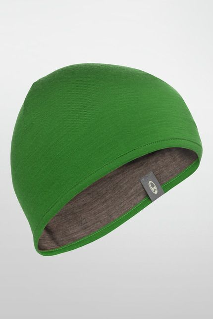 Icebreaker's Unisex Pocket Hat is your incredibly versatile, fits in any pocket, head warmer for sports or cold days in the city. Made from soft, breathable 200gm merino jersey, it folds really small but provides really big warmth that resists odor and bacteria so it won't itch, even when you wear it everyday.