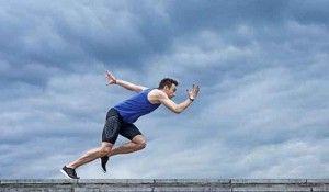 Buen artículo sobre las dos formas de motivación entre deportistas populares y de alto rendimiento: buscando el placer o evitando el dolor y el castigo.   Si quieres saber más sobre motivación, la psicóloga de Ypsilon es especialista en coaching deportivo. Pide cita ya en el 96 352 58 43.