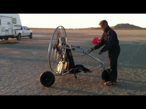 Warming up the Parajet Rotron on the TrikeBuggy Bullet - YouTube