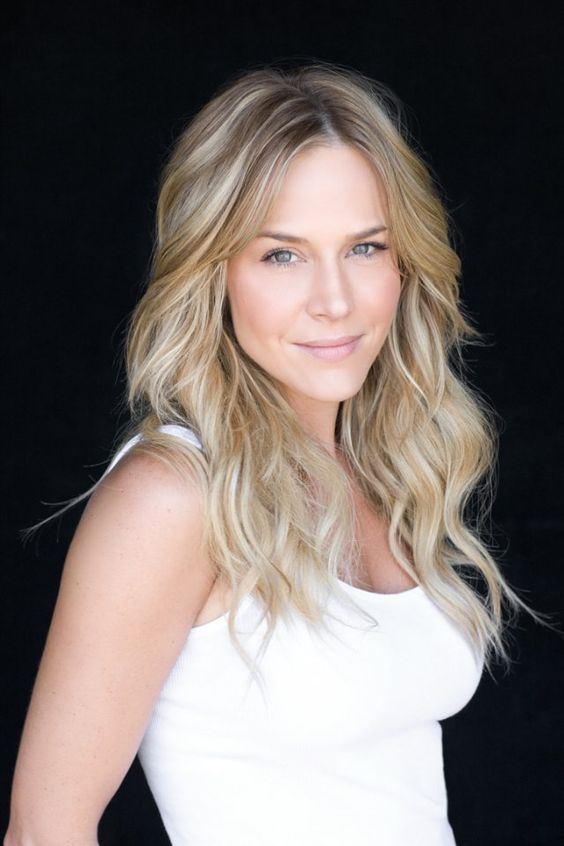 Love These Waves Julie Benz Long Hair Don T Care