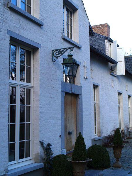 Buitenkant huis zie lantaarn voor buiten bij de voordeur metselwerk pinterest projects - Buitenkant thuis ...