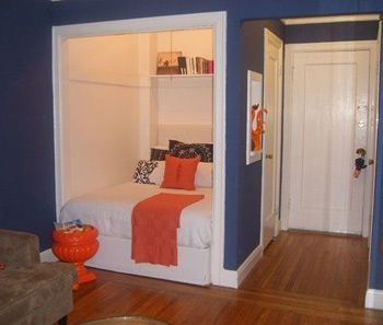 Tiny studio apartment decorating and ideas...like the bed in the closet!! totally could do that here!