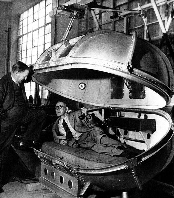 1945: Winston Churchill's Life Pod