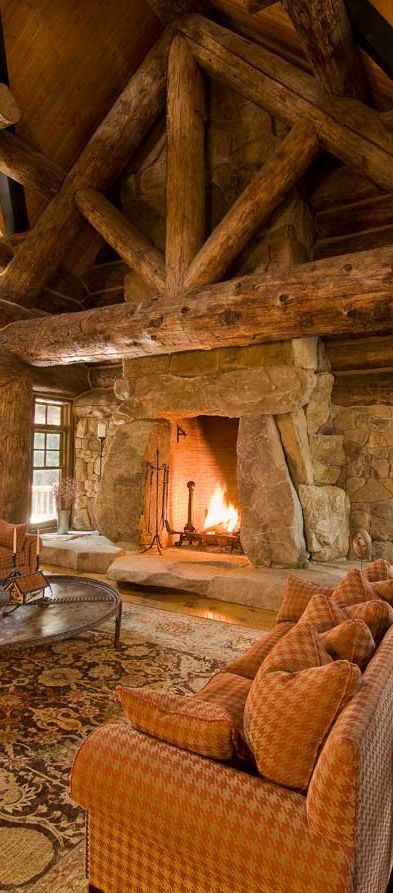 Cozy log living room drewo pinterest logs for Stone log cabin