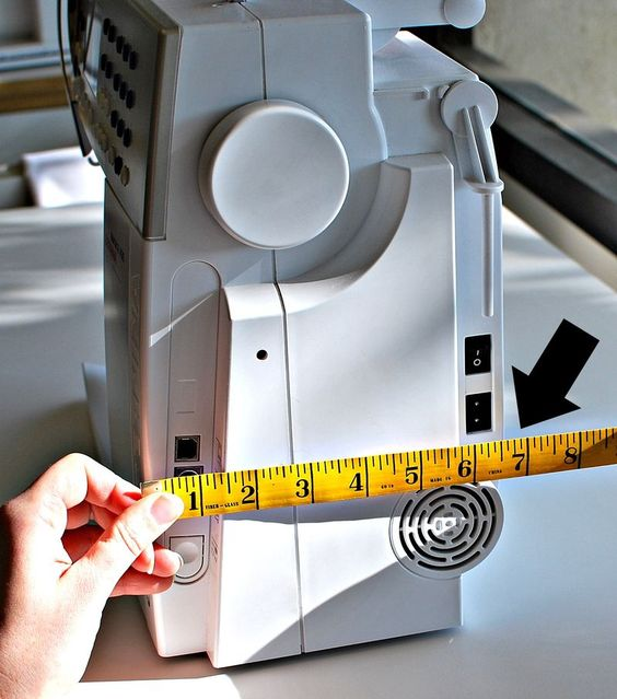 How to make a sewing machine cover--I want to make one for my Bernette