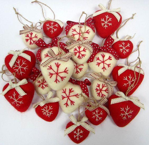 Needlefelt Scandinavian Style Heart Decoration