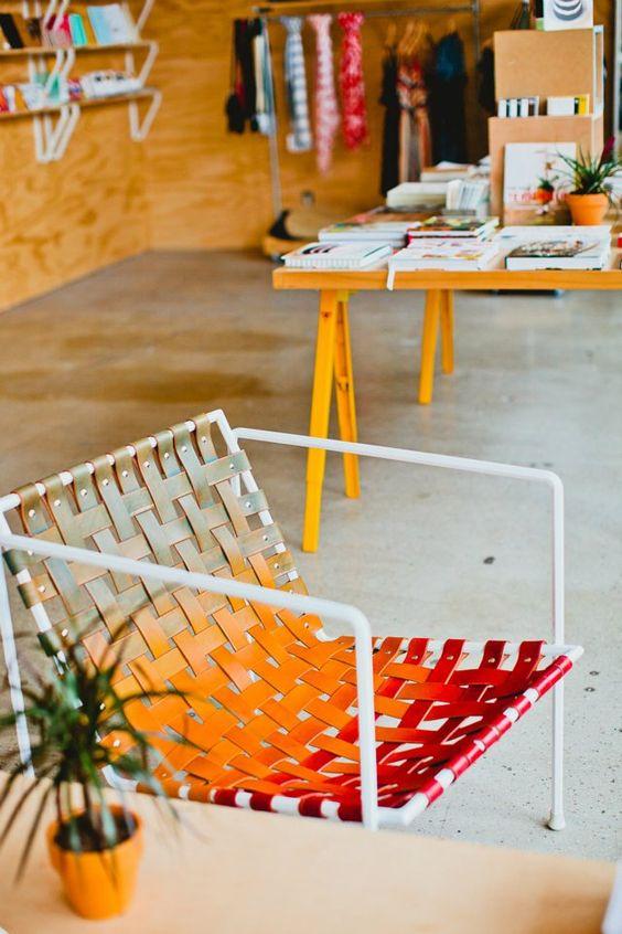 Não gosto de vermelho, mais essa cadeira ficou liiinda! =D