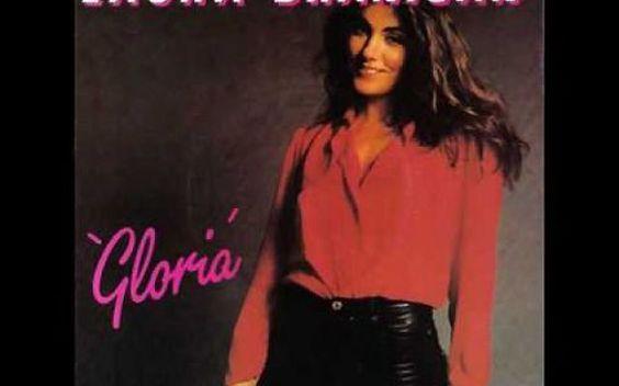 """Laura Branigan…""""Forever…"""" Oggi, 3 Luglio 2016 sarebbe il suo 64° compleanno Laura Branigan: un nome che forse per molti di voi è quasi sconosciuto o, per altri, semplicemente riconducibile a tre soli brani di grandissimo successo, la versione inglese delle canzoni """"Gloria"""" e #laurabranigan;pop #forever #gloria"""
