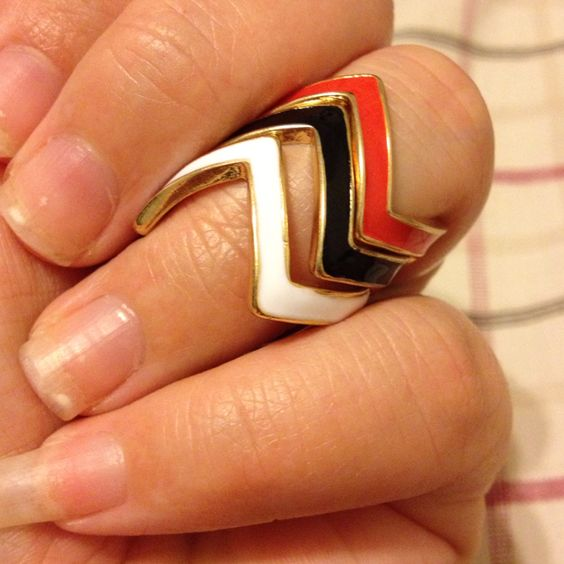 Stackable zig-zag rings :) love them!