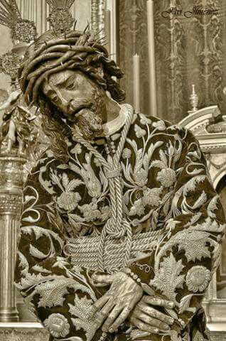 El Gran Poder. Para conocer la devoción de Sevilla. Entra en www.semblanzadesevilla.com y conocenos!