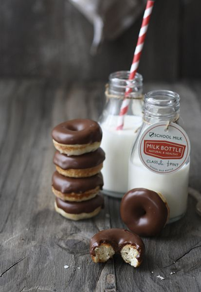 Mini donuts de chocolate – Chocolate doughnuts