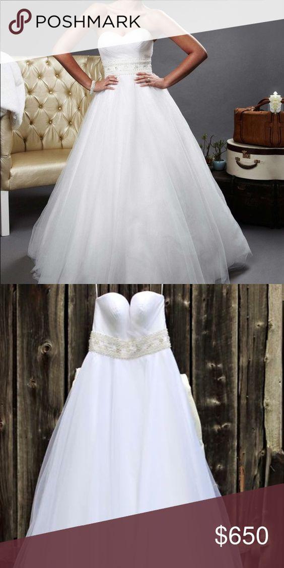 Oleg Cassini Pck 440 White Wedding Dress Size 6 Wedding Dress Sizes Wedding Dresses Stunning Dresses