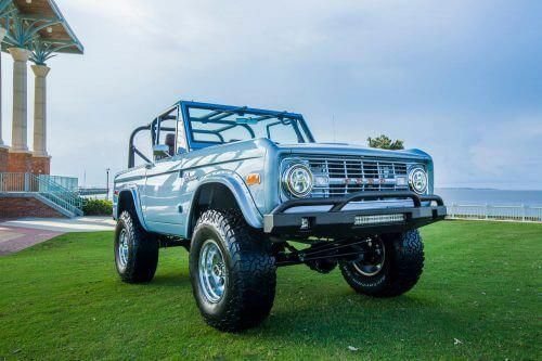 Big Trucks Chevy Chevytrucks In 2020 Classic Ford Broncos Ford