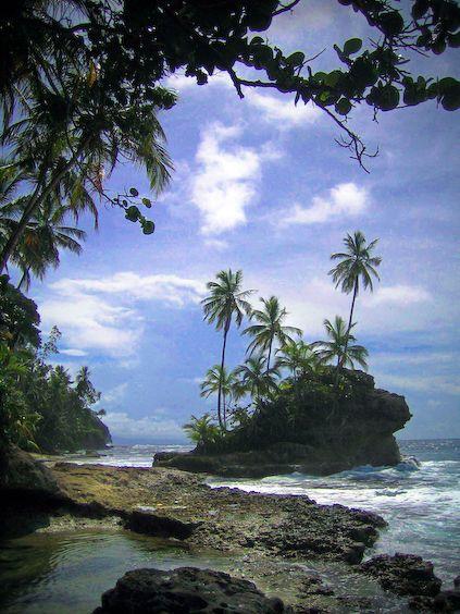 Es la playa de Puerto Viejo. Esta en el carabeo en Costa Rica. Se puede relajar a lado de la playa.: