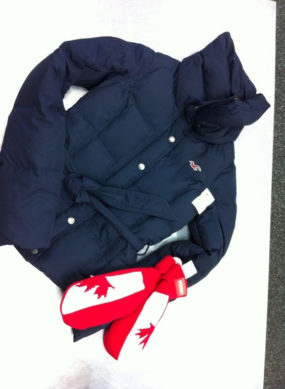Where else can you get a #Hollister coat for $40?! Complete the look with a great pair of #mittens for JUST $6! | www.platosclosetbarrie.com