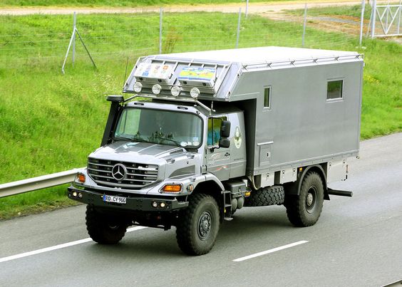 camping car mercedes benz zetros voitures magazines et camping. Black Bedroom Furniture Sets. Home Design Ideas