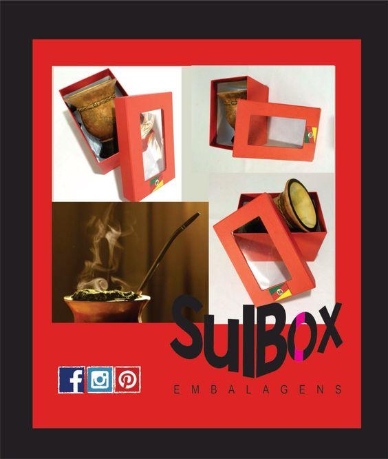 Hoje 24 de abril, dia do chimarrão!  De mate em mate vamos dando rumo a nossa criatividade, e para quem não perde um chimarrão bem cevado, a Sul Box está fazendo essas lindas caixas para cuias.  Com embalagens como estas, seu regalo fica mais que especial!!! Na Sul Box tem. A Sul Box faz.  VEM VER!!!  #diadochimarrão #caixaparacuia #caixaparaguardar #sulbox #sulboxembalagens #gaúcho #riograndedosul #mateamargo #mate #embalagens #embalagensespecial #caixapersonalizada