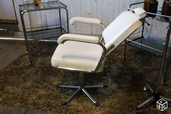 Ancien fauteuil médical vintage