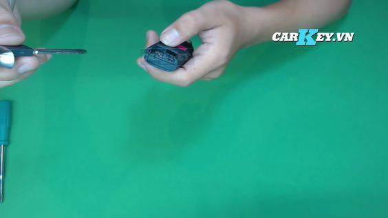 Chìa khóa ô tô mazda