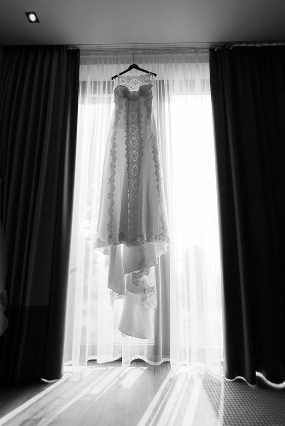 #Hochzeit #Fotos #Getting Ready #Wedding #Photography #Braut #Bride #Bridal Party #Schlosshotel Wilhelmshöhe  www.christinaeduard.de