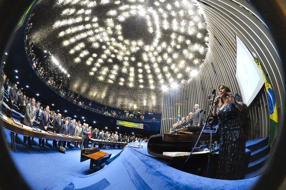 Senado realiza sessão especial em comemoração aos 25 anos da Constituição Foto: José Cruz/Agência Senado
