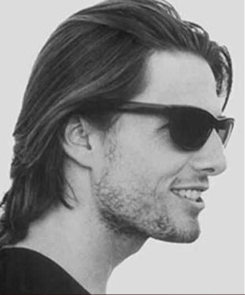 Tom Cruise Haircut 2019 This Time To Share The Great Actor Tom Cruise Hairstyle Because People Want To Look Lik Tom Cruise Haircut Tom Cruise Hair Tom Cruise