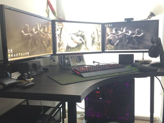 Tri monitor sli gaming rig perfect ikea desktop for this for Ikea gaming table