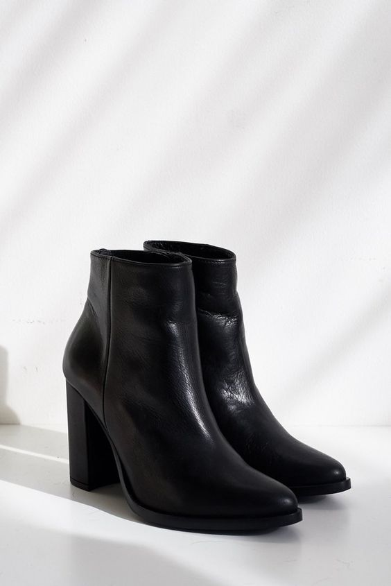 Leather Luck Ankle Boot