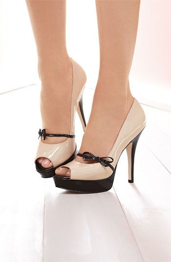 love these: Black Pump, Peep Toe, Shoe Fit, Angiolini Pump, Awesome Shoe