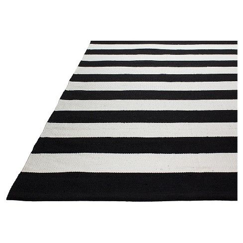 Nantucket Patio Rug Black And White Fab Habitat Patio Rugs