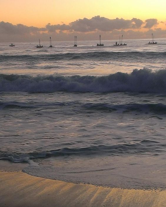 The most hauntingly beautiful ANZAC Day Dawn Service was one I went to at Currumbin RSL in 2014. As the sun rose you could see the 20 surf life saving boats on the water. They scattered the ashes of veterans as the Ode of Remembrance was read. Amazing tribute to our ANZACs. Lest we forget. #currumbinbeach #currumbinrsl #dawnservice #anzacday #lestweforget by exploringhomeandabroad http://ift.tt/1X9mXhV