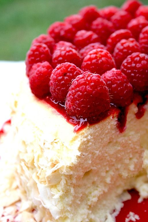 Raspberry cheesecake, Toasted coconut and Raspberries on Pinterest
